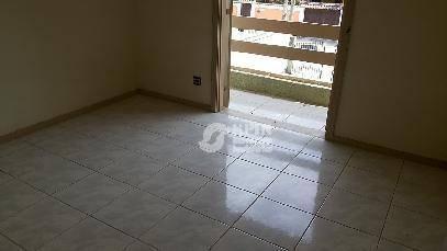 residência centro terreno de 360m², 3 salões,3 quartos sendo um suíte,ampla copa cozinha ótima localoização - ca0102