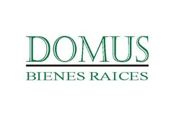 Logo de  Domus Bienes Raices