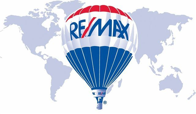 Logo de  Re/max Universum