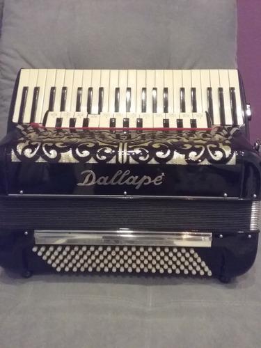 restauração e afinação em acordeons
