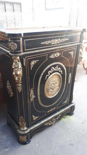 restaurador de muebles finos