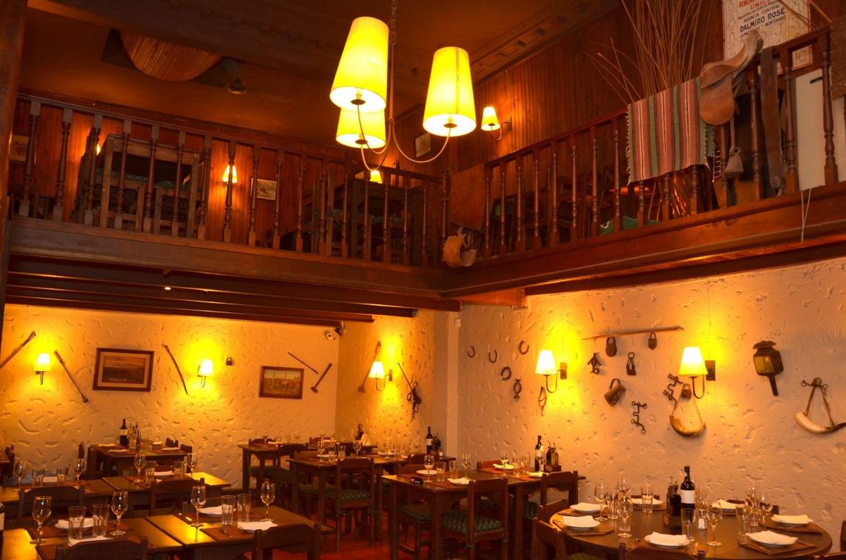 restaurant - parrillada punta carretas clasica esquina