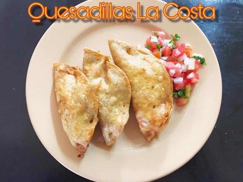 restaurante la costa wings & rock ofrece amplio menú