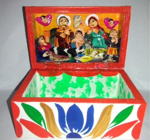 retablos en cofres navideños original de ayacucho