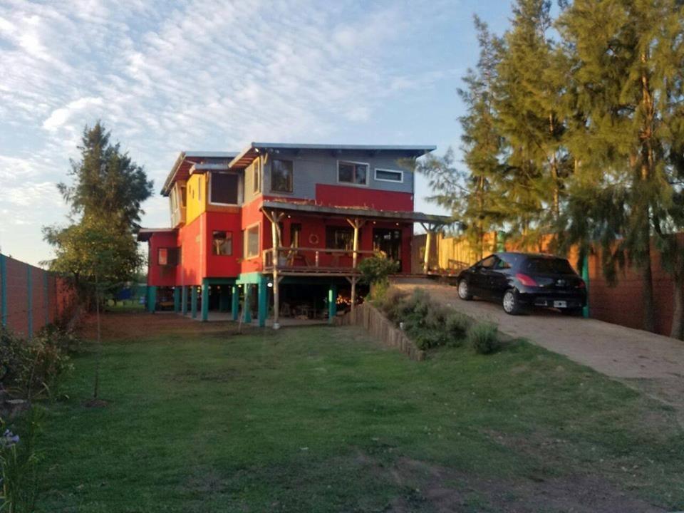 retasada casa nueva c/ diseño - villa la ñata c/renta