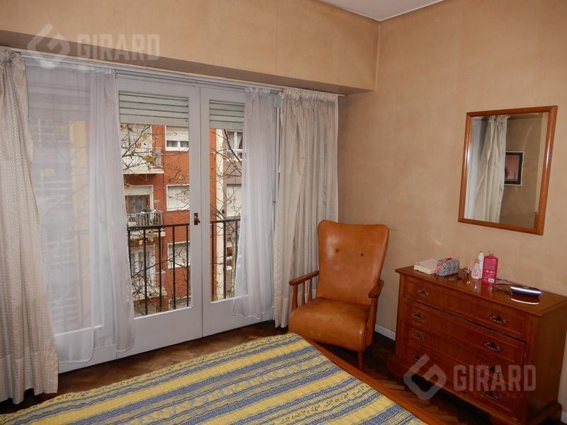retasado - departamento de 2 amb a la calle c/ balcon invertido | oportunidad | muy luminoso.