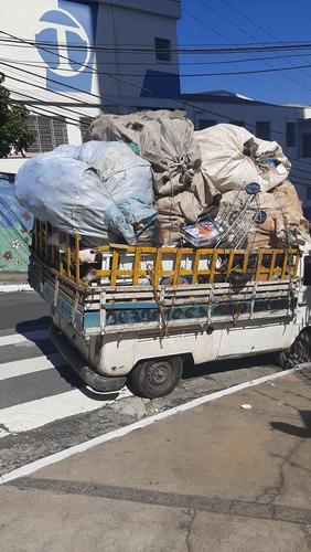 retiramos seu lixo reciclado