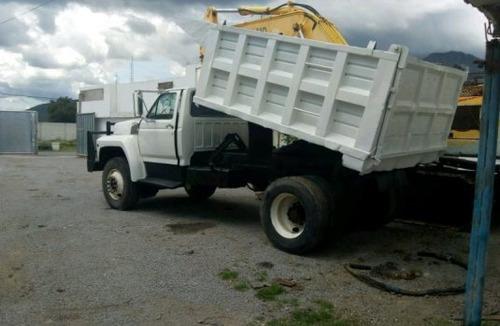 retiró de escombro cascajo basura