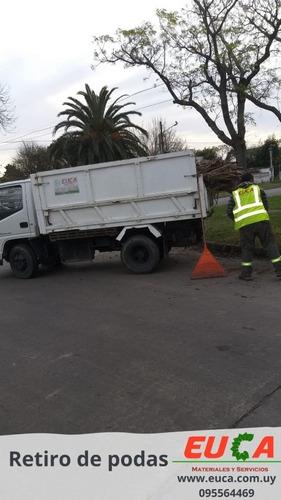 retiro de podas limpieza terreno escombros jardineria
