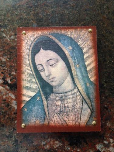 retrato de madera virgen de guadalupe