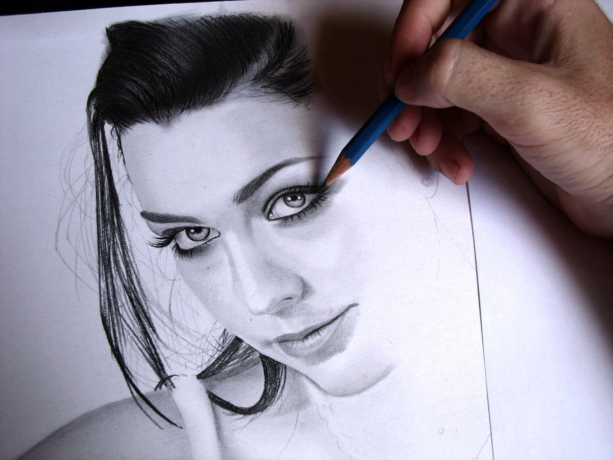 Retratos Idênticos Desenho Realista Fotos Pessoas - R$ 70