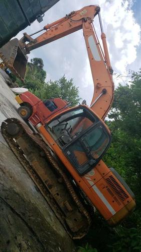 retro escavadeira doosan 225 ano 2011