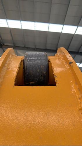 retroexcavadora 7tons 114 hp articulada 4x4 fesal
