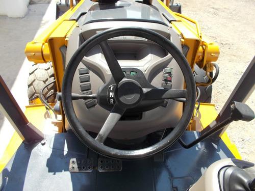 retroexcavadora case 580 super m 4x4 kit martillo
