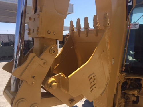 retroexcavadora caterpillar 420d mod. 2004 4x4 con extension