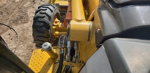 retroexcavadora caterpillar 420e año 2008 sencilla