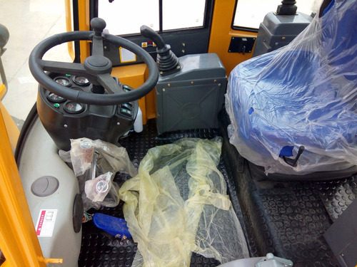 retroexcavadora diesel 105 hp  articulada 4x4  fesal
