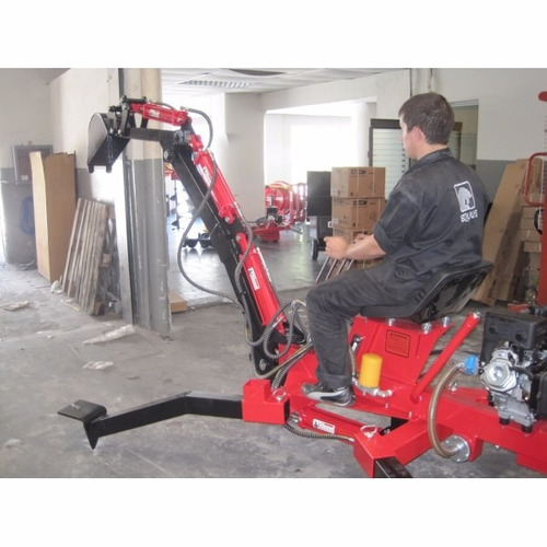 retroexcavadora equus, pala mecánica para cuatriciclo