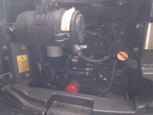 retroexcavadora komatsu minicargador bobcat vendo o alquilo