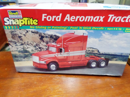 revell 1/32 plastic snaptipe camión  ford aeromax tractor