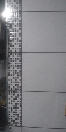 revestimento em banheiro e. coisinha área de serviço