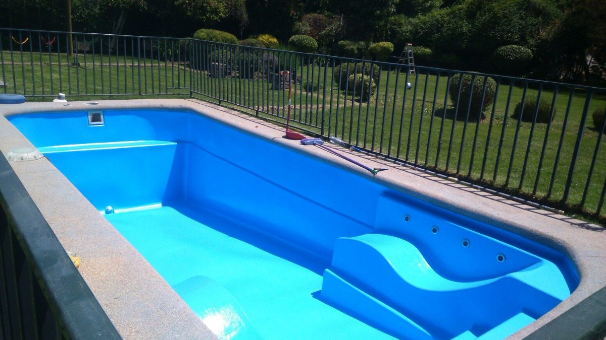 Revestimiento de fibra de vidrio para piscinas en for Piscina fibra precio