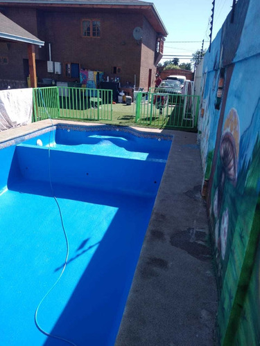 revestimiento de piscina en fibra de vidrio