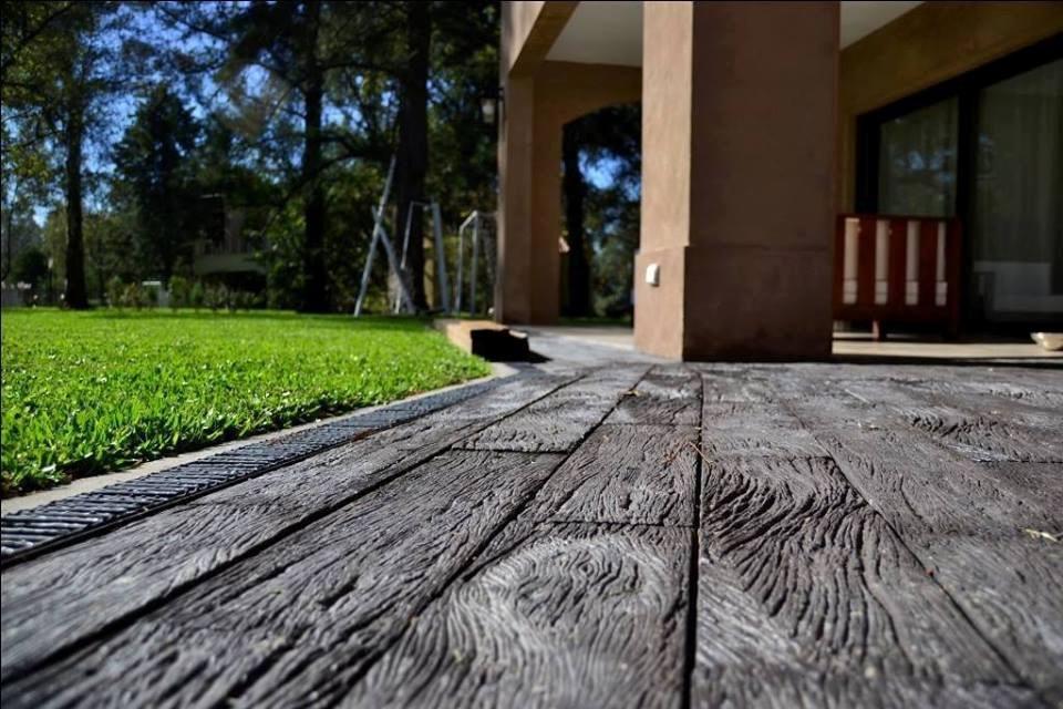 Revestimiento piedra simil madera durmiente tierra sombra - Se puede colocar un piso ceramico sobre otro ...