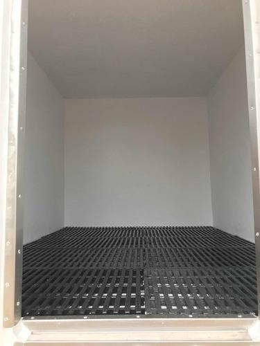 revestimientos internos en fibra de vidrio a furgones
