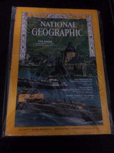revistas national geographic society en ingles