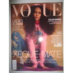 202e08d8e852e Vogue Brasil  466 Junho 2017 Joan Smalls