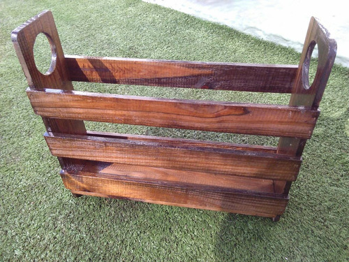 revistero de madera vintage