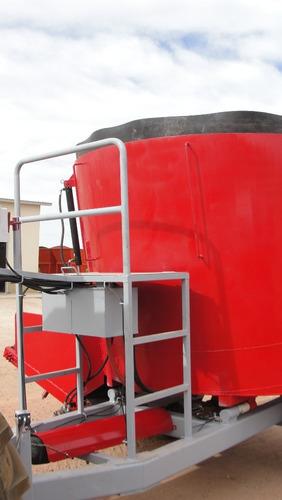revolvedora de forrajes de 4 toneladas