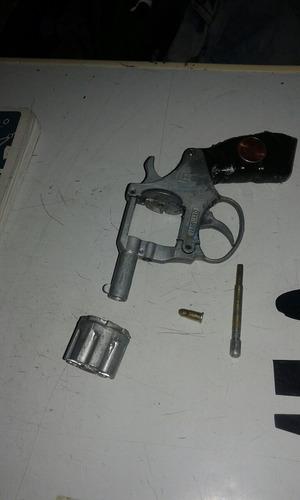 revólver vanguad made italy de salva $ 400