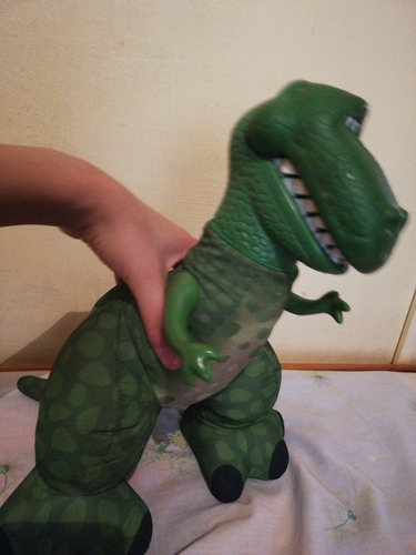 rex toy story (el que uso bad bunny)