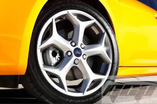 rin focus st turbo 18  aluminio