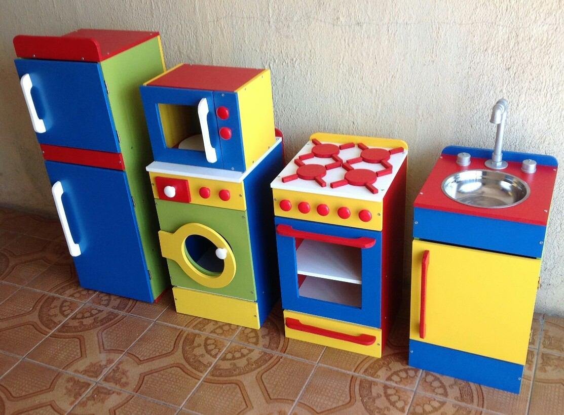 Rinc n de cocina de madera de juguete en for Cocina de madera juguete