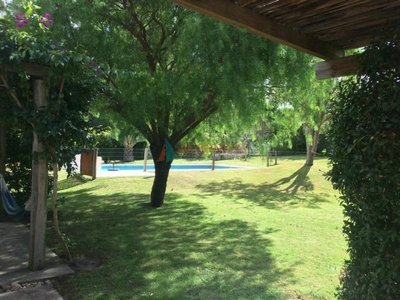 rincon del indio excelente casa con piscina-ref:3354