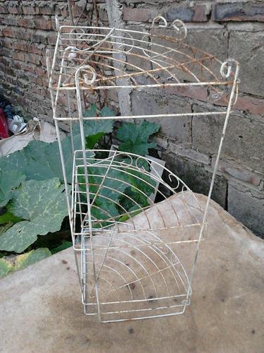 rinconera antigua en alambre artistico - para colgar - sana
