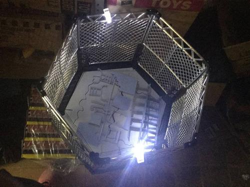 ring con accesorios y jaula + 2 luchadores  + envio gratis