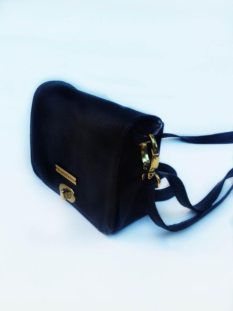 fbe0a19fb39 riñonera negra diseño cuerina moderna mujer. Cargando zoom.