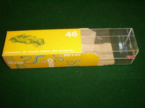 rio / caixa original vazia de tamanho maior  esc.1/43