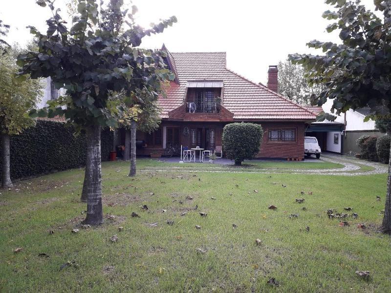 riobamba 369 -  espléndido chalet en pleno barrio tenis  - temperley