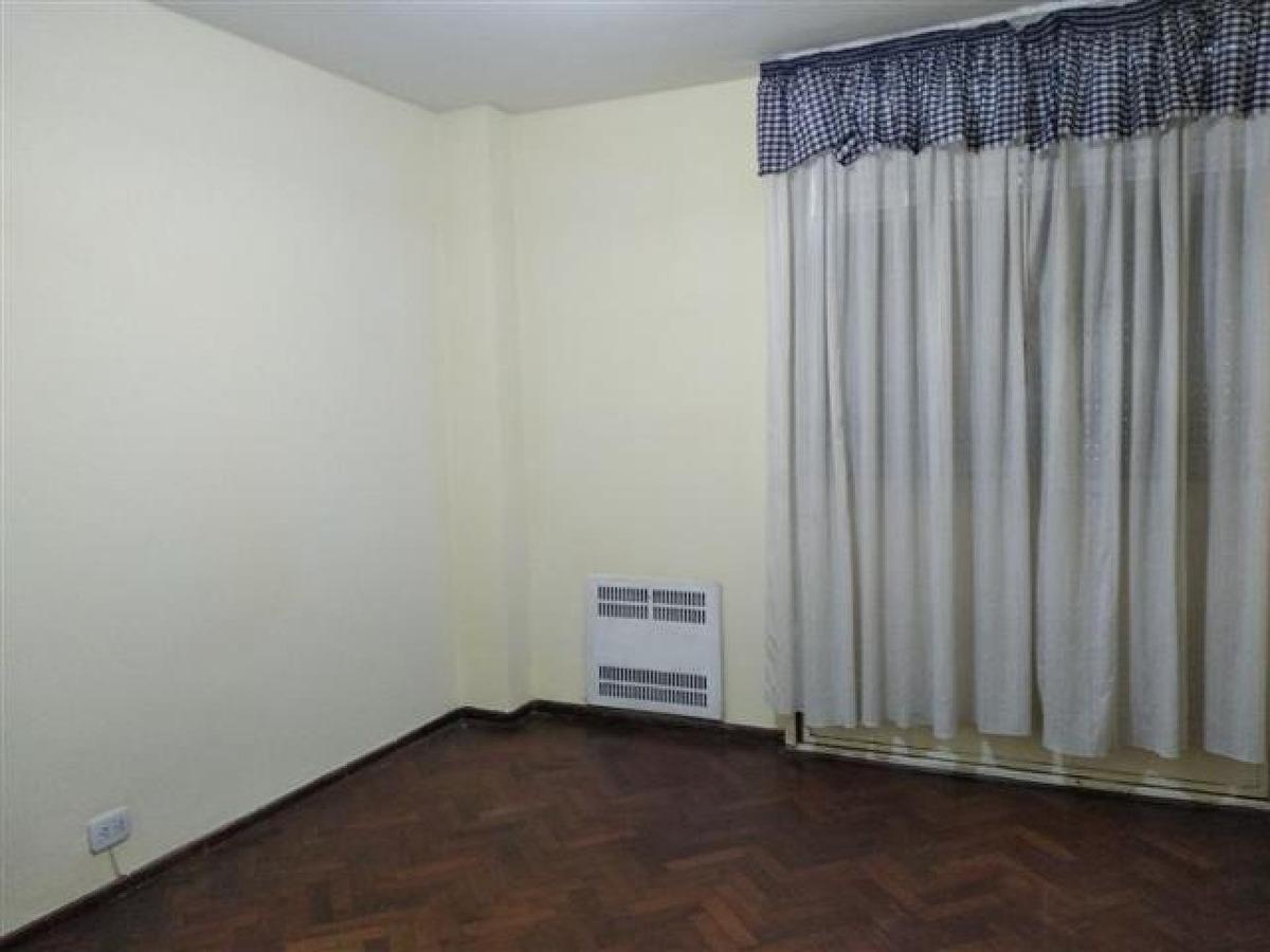 rioja 1400 2 dormitorios oportunidad