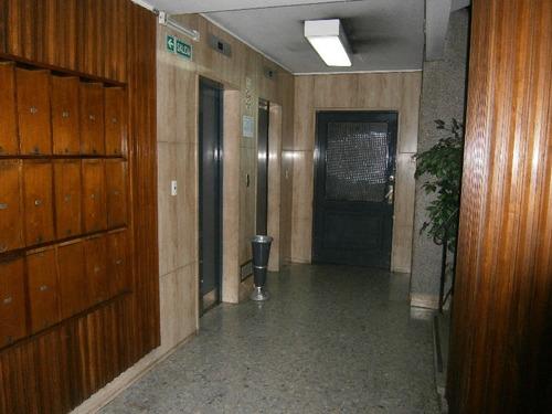rivadavia av. 900 - microcentro (comercial) - oficinas planta dividida - venta