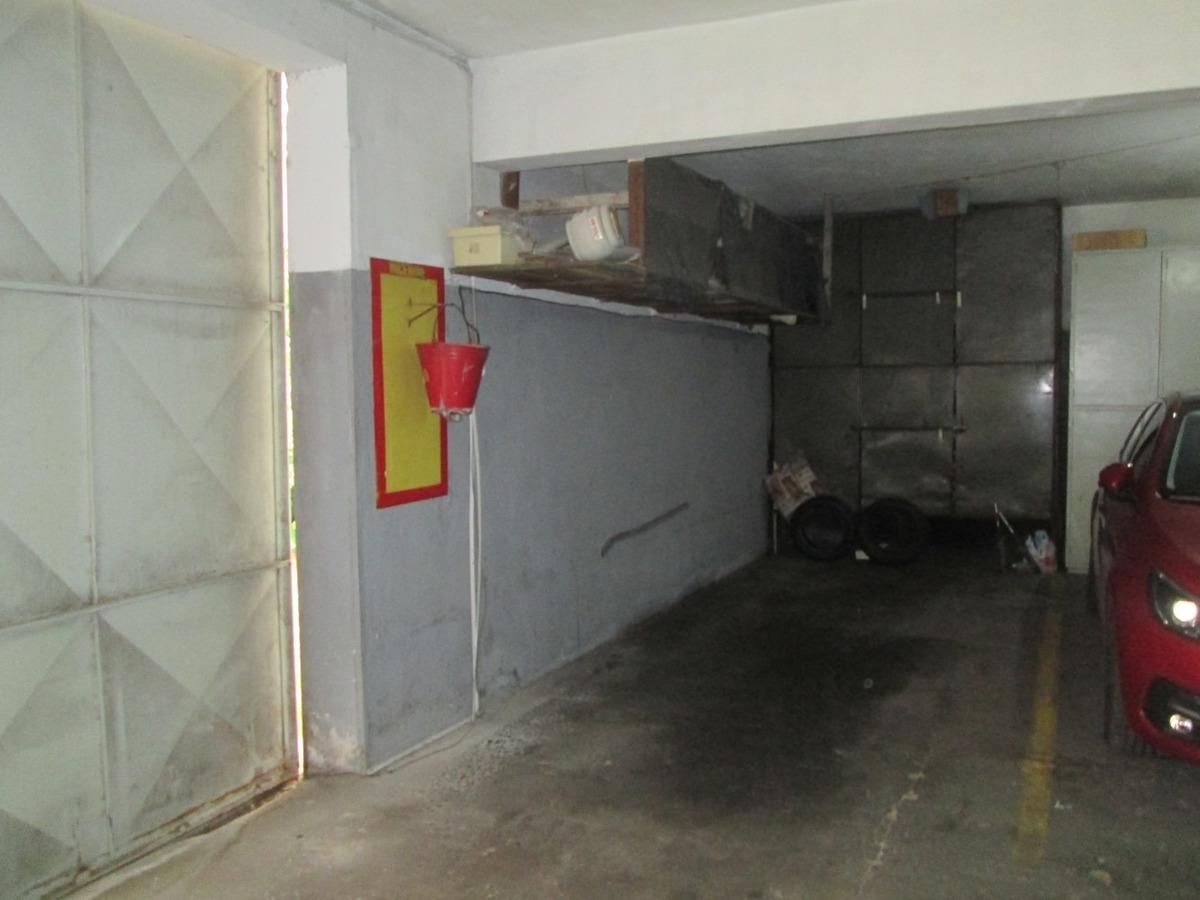 rivera y alarcón. 2 dormitorios. garaje