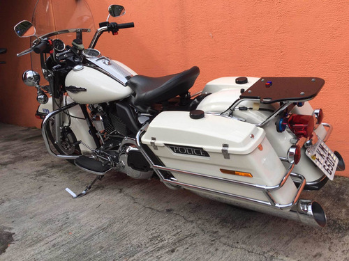 road king police 1700