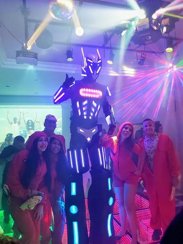 robô de led gigante locação para animar eventos