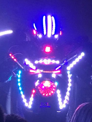 robo de led, transformers, personagens vivos, performance