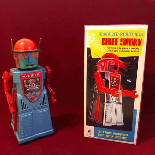 robot chief smoky de cuerda